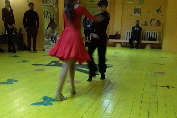 dance-for-your-health-kmstar03B95C3825-C77C-89BC-B74D-4CF6C0EDC658.jpg