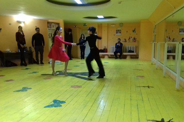 dance-for-your-health-kmstar05FC6F0228-880B-BCA9-ADB5-B11658AEC315.jpg